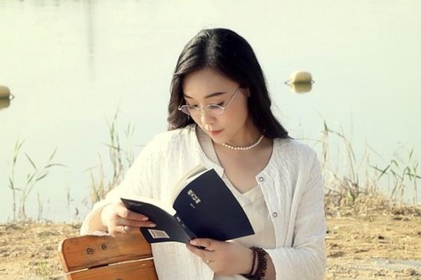 Sophy Translation C-E: [Jiangsu] Rouge Jasmine Fourteen Lines, Chinese Poetess' Poetry Series