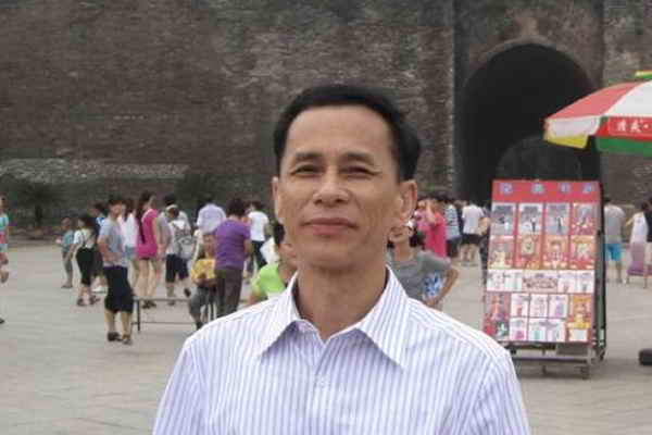Sophy Poetry Translation C-E:[Guangdong] Zi Wu 1 group of Poems, Chinese Poets' Poetry Series, Vol.1 [Poets Column]. ISSN:2616-2660, ISSN:2616-5058