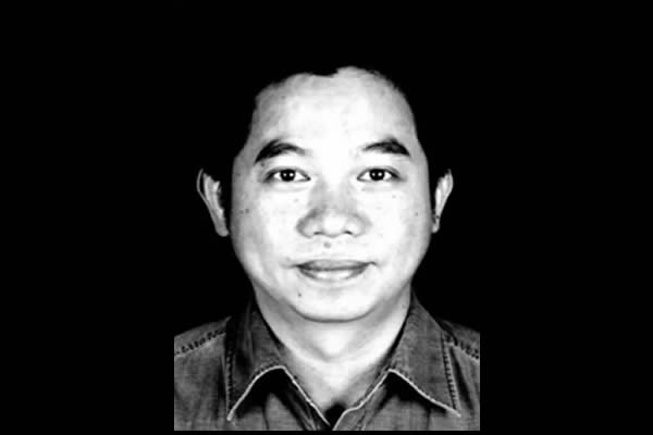 Sophy Poetry & Translation C-E World Poetry Paper Magazine Pays Its Respects To Poet Wen Yuanhui By Sophy Chen